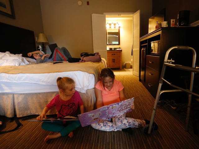 Oklahoma family struggles to stay in motel near Cox after