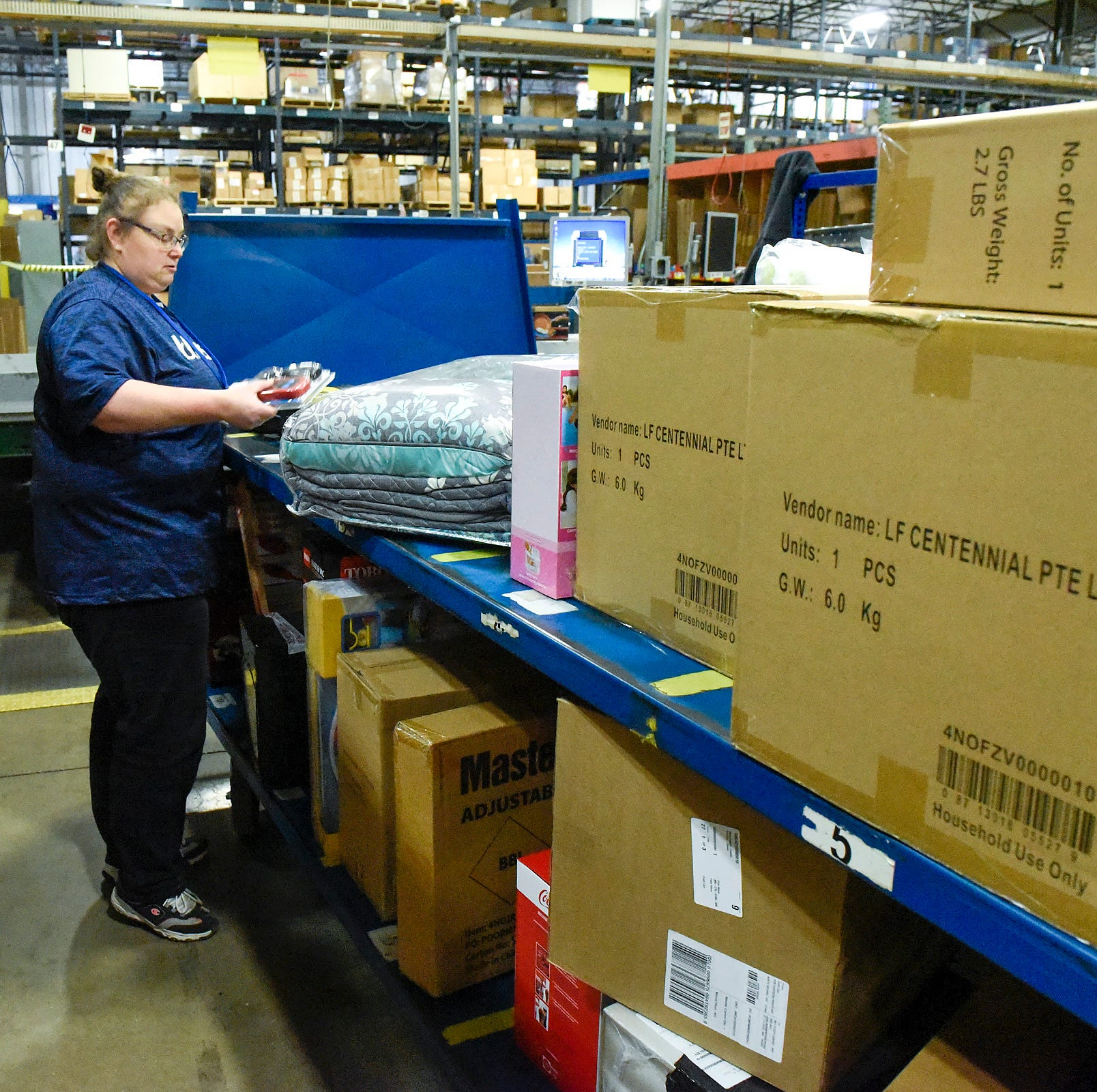 In tight labor market, companies with increased holiday demand may struggle hiring workers