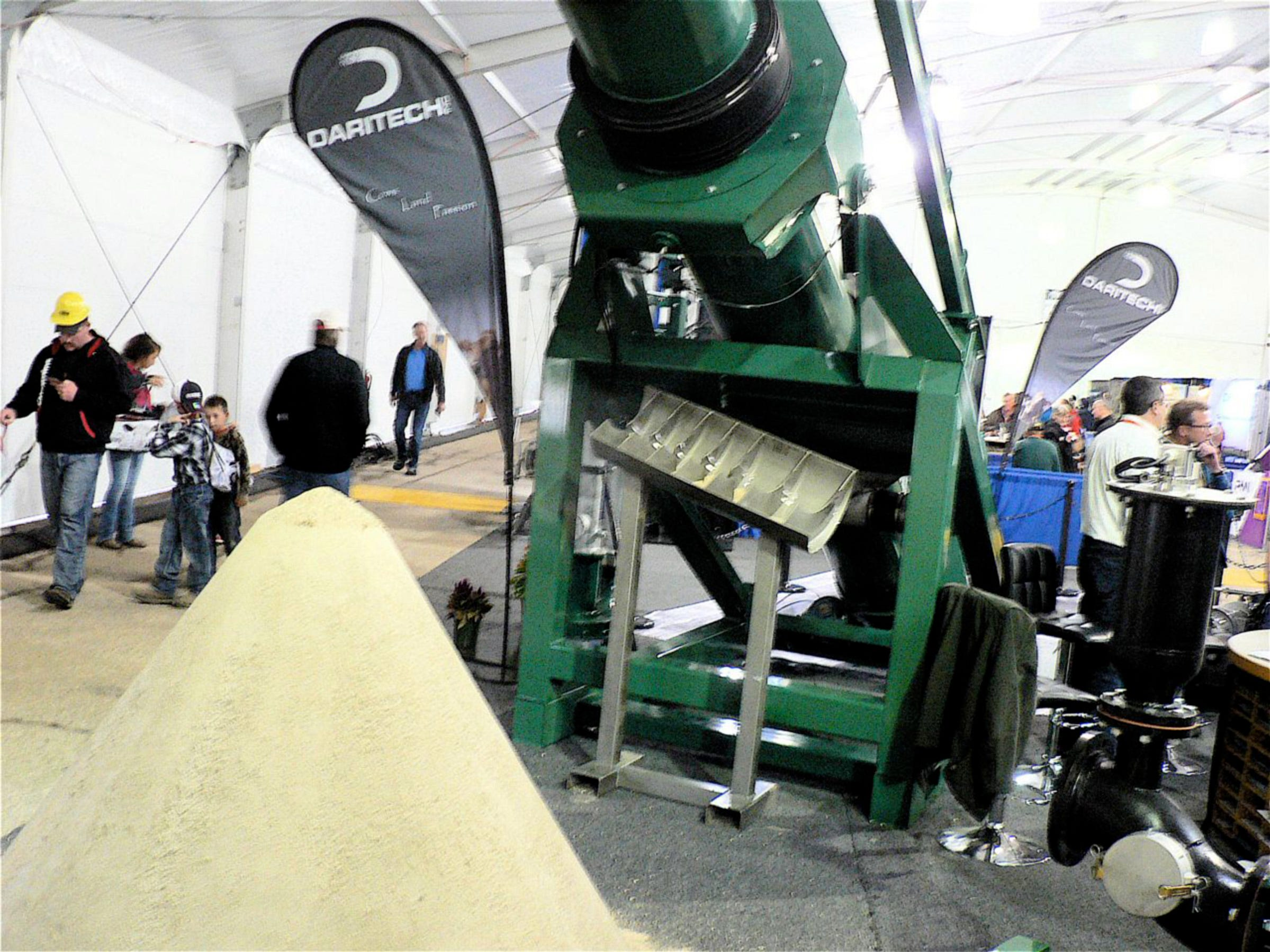 The DariTec One Shot sand recovery system drew lots of attention from farms using sand as cow bedding.