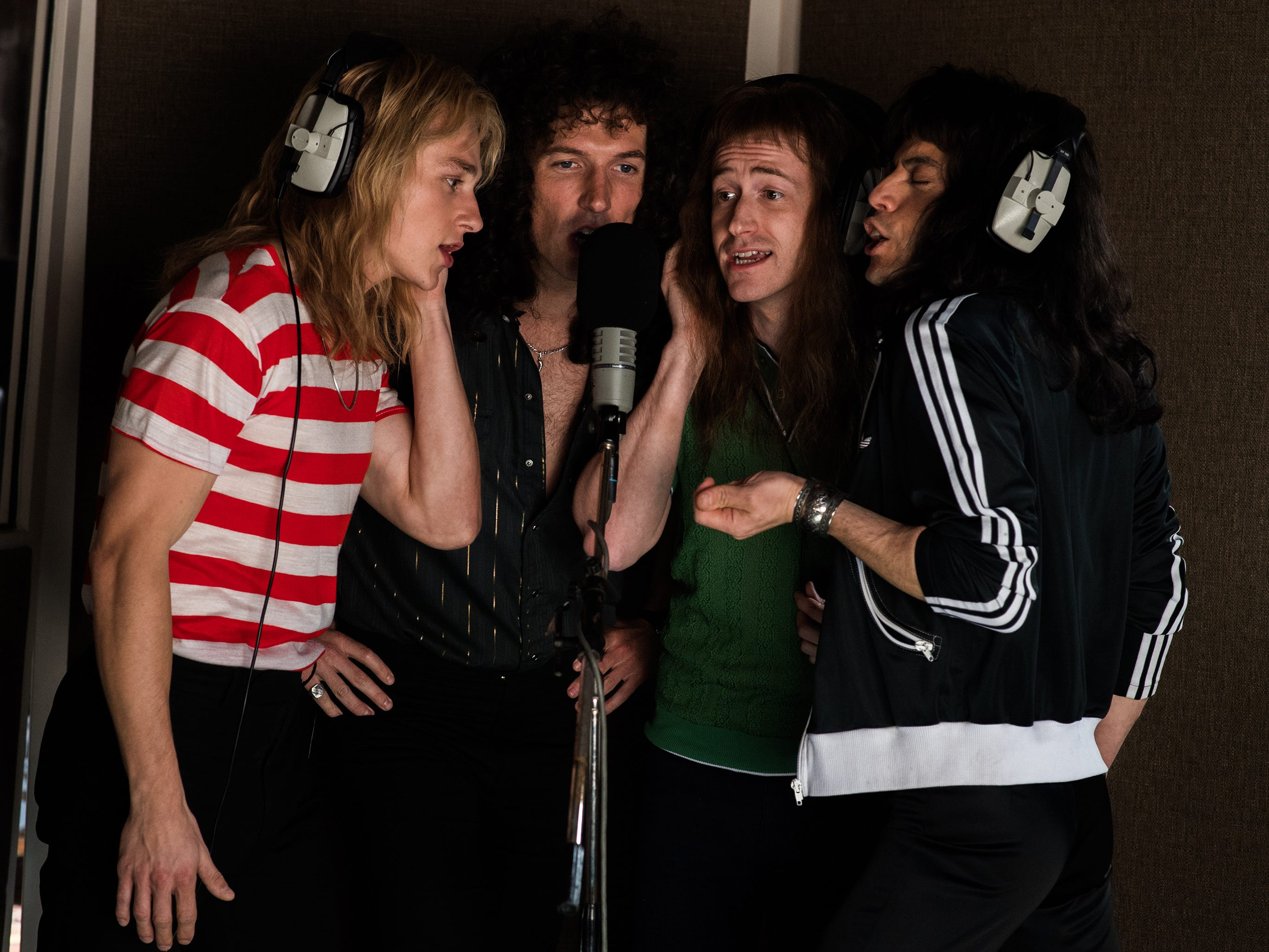 DF-10193 – L-R: Ben Hardy (Roger Taylor), Gwilym Lee (Brian May), Joe Mazzello (John Deacon), and Rami Malek (Freddie Mercury) star in Twentieth Century Fox's BOHEMIAN RHAPSODY. Photo Credit: Alex Bailey.
