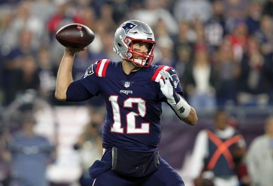 Tom Brady: 'Pro football is more glorified college football'