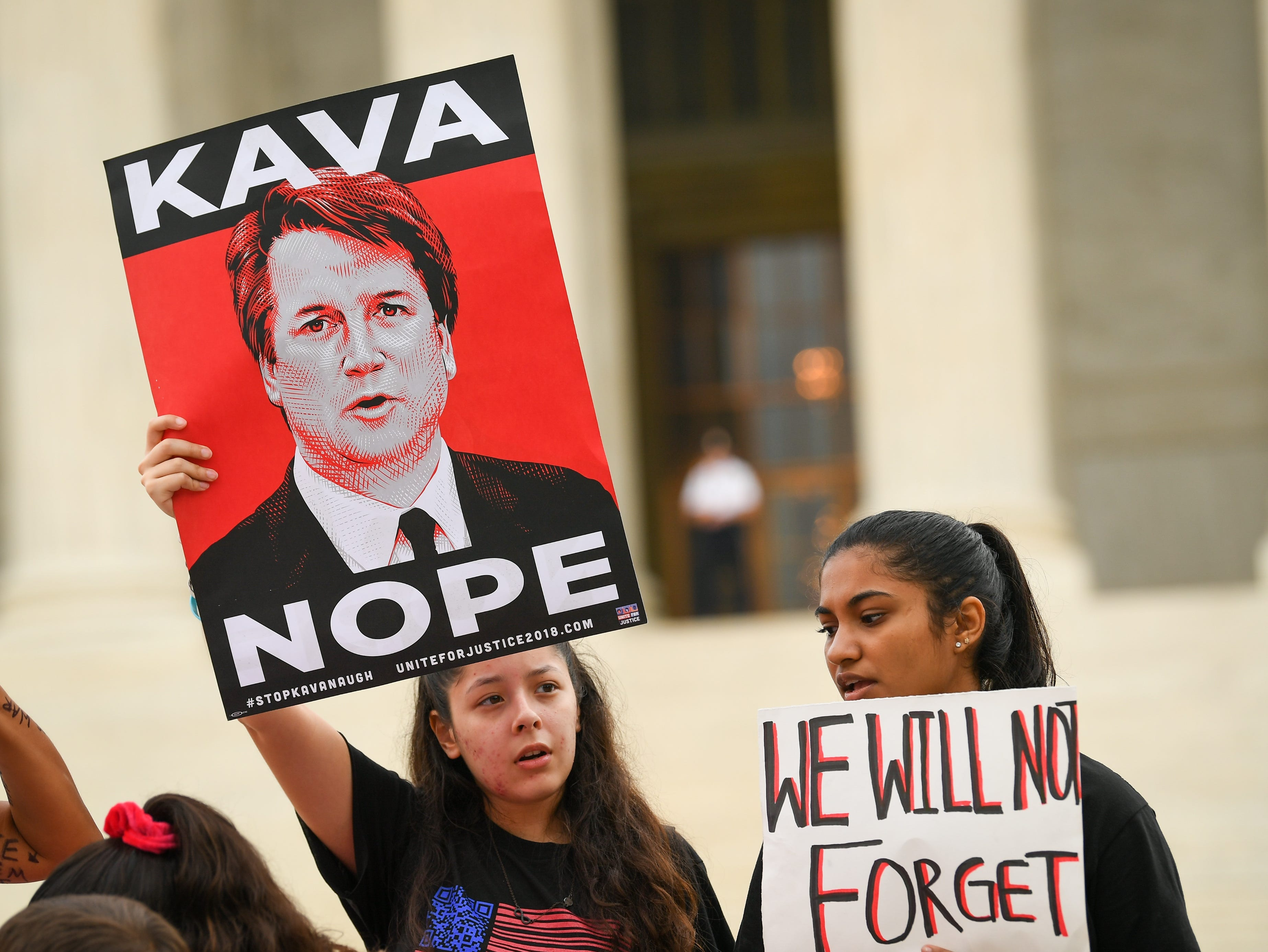 Midterms: 'Furious' Democrats purchase blitz of Facebook ads on Kavanaugh, far outpacing GOP spending