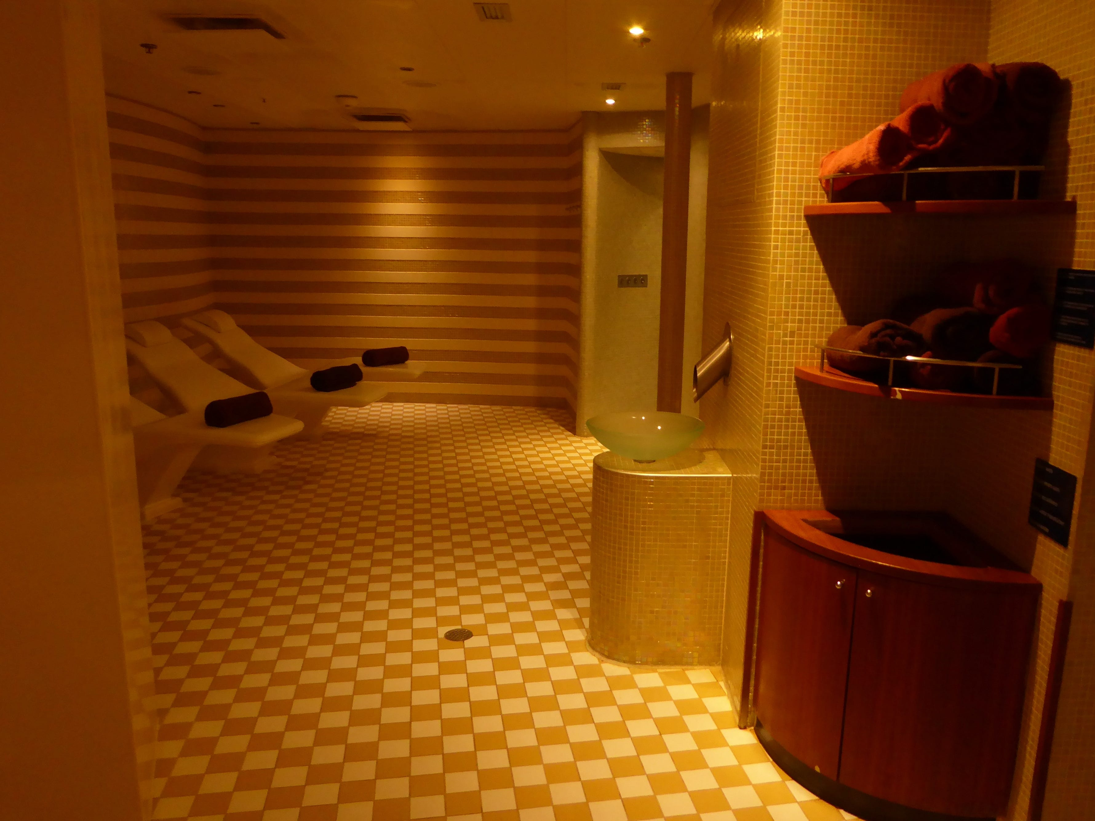 The Indulgence Spa has a thermal suite that is available to guests for a fee.