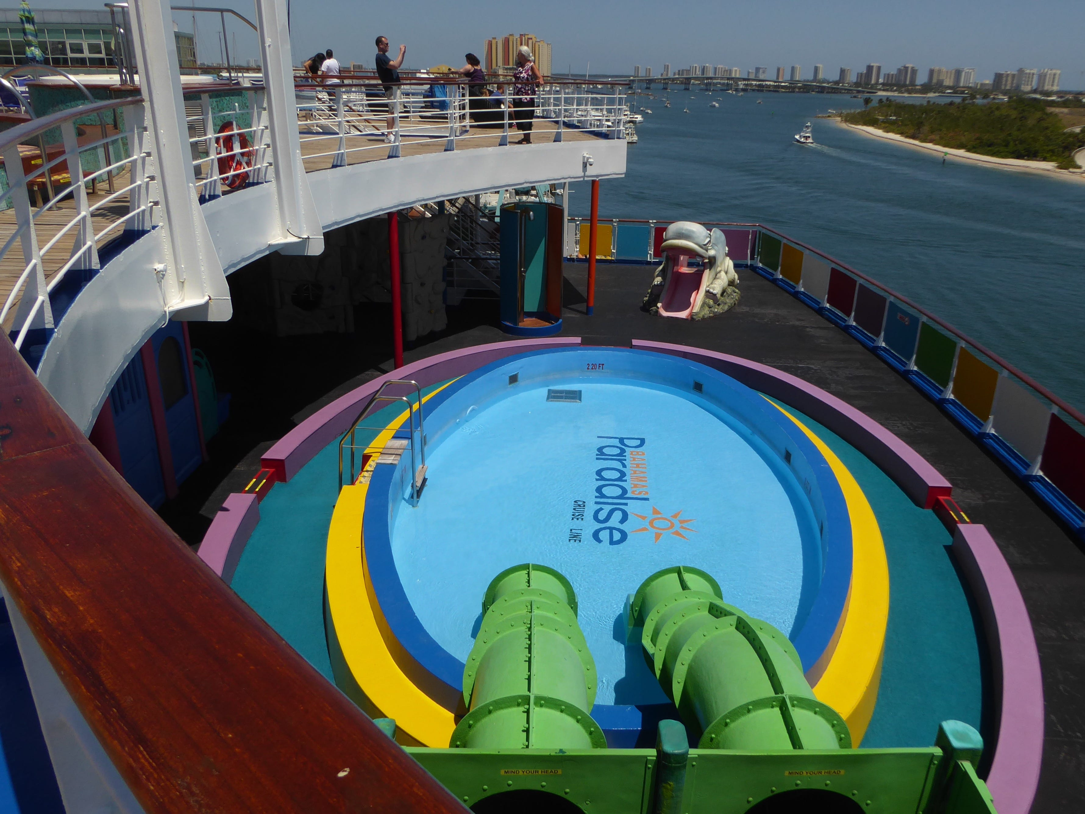 From aft Luna Deck, there is a nice view of the children's play area on aft Paradise Deck (9) and the Kruzers Pool, which is reserved for kids aged 3-7.