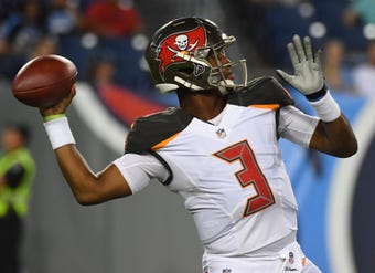 SportsPulse: USA TODAY Sports' Steve Gardner tells you who to plug into your daily fantasy football lineups if you want to make some cash in week 6.