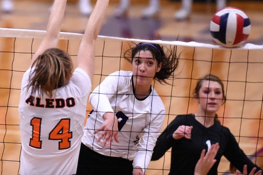 Outside hitter Keetyn Davis (9) leads a senior-heavy Wylie team this season. After graduating only one senior and having a year of Class 5A competition under their belts, the Lady Bulldogs look for greater success in 2019.