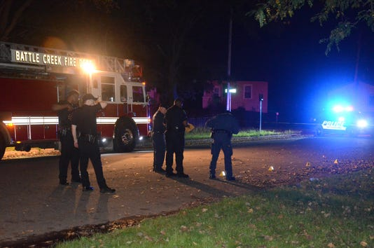 Battle Creek police looking for witnesses after man killed in park