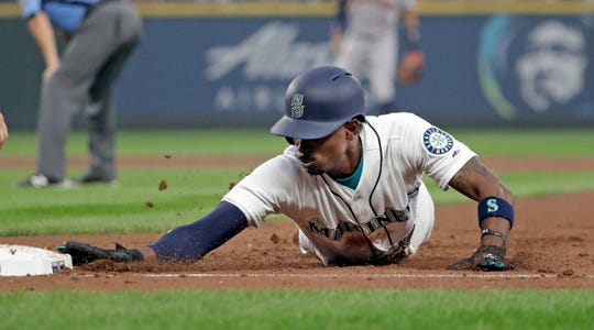 A toe injury slowed the Mariners' Dee Gordon on the base paths in 2018. He stole 30 bases and was caught 12 times, versus 60 steals while being caught 16 times in 2017.