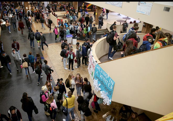 South Kitsap High School students crowd the commons area as the final school bell sounds in 2016. South Kitsap School District is asking voters to weigh in on a $187 million bond to build a second high school in addition to a capital levy for security upgrades, repairs to the high school pool and more.