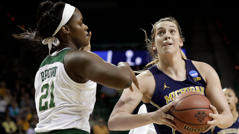 10a0ef4e5 Flipboard: Michigan hands the reins to freshman Amy Dilk