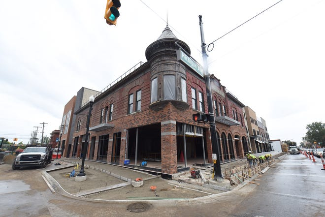 Ford Land, the real estate arm of Ford Motor Co., held a ribbon cutting ceremony  on Wednesday for its Wagner Place renovations. The $60 million project in downtown Dearborn included the renovations of the 120-year-old Wagner Hotel, known for its iconic turret.
