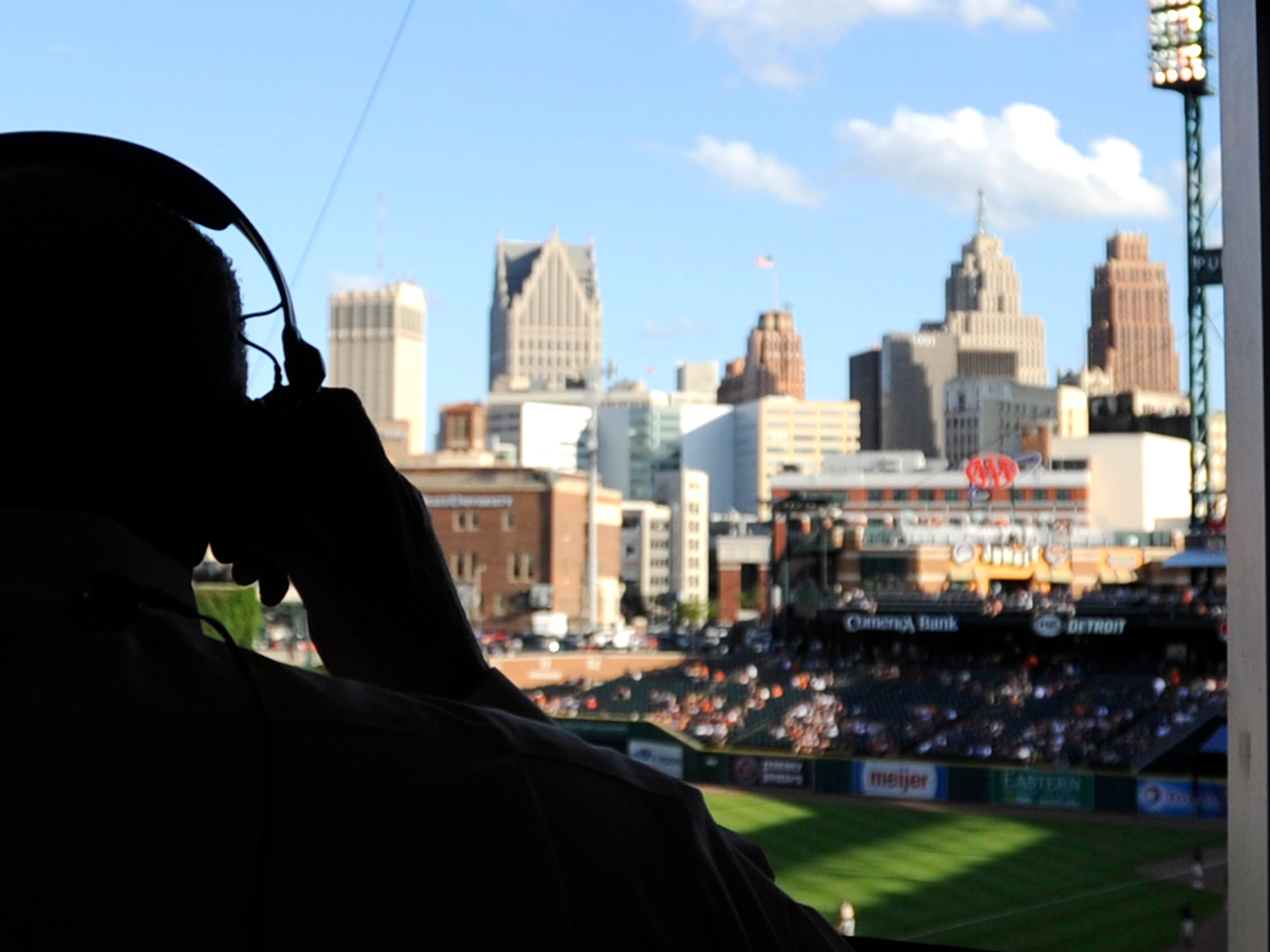 The final month of the 2018 season, Matt Shepard and Kirk Gibson called most of the games, with Dan Dickerson occasionally moving over from radio to do TV play-by-play. It remains to be seen who will take over the full-time Tigers duties on FSD.