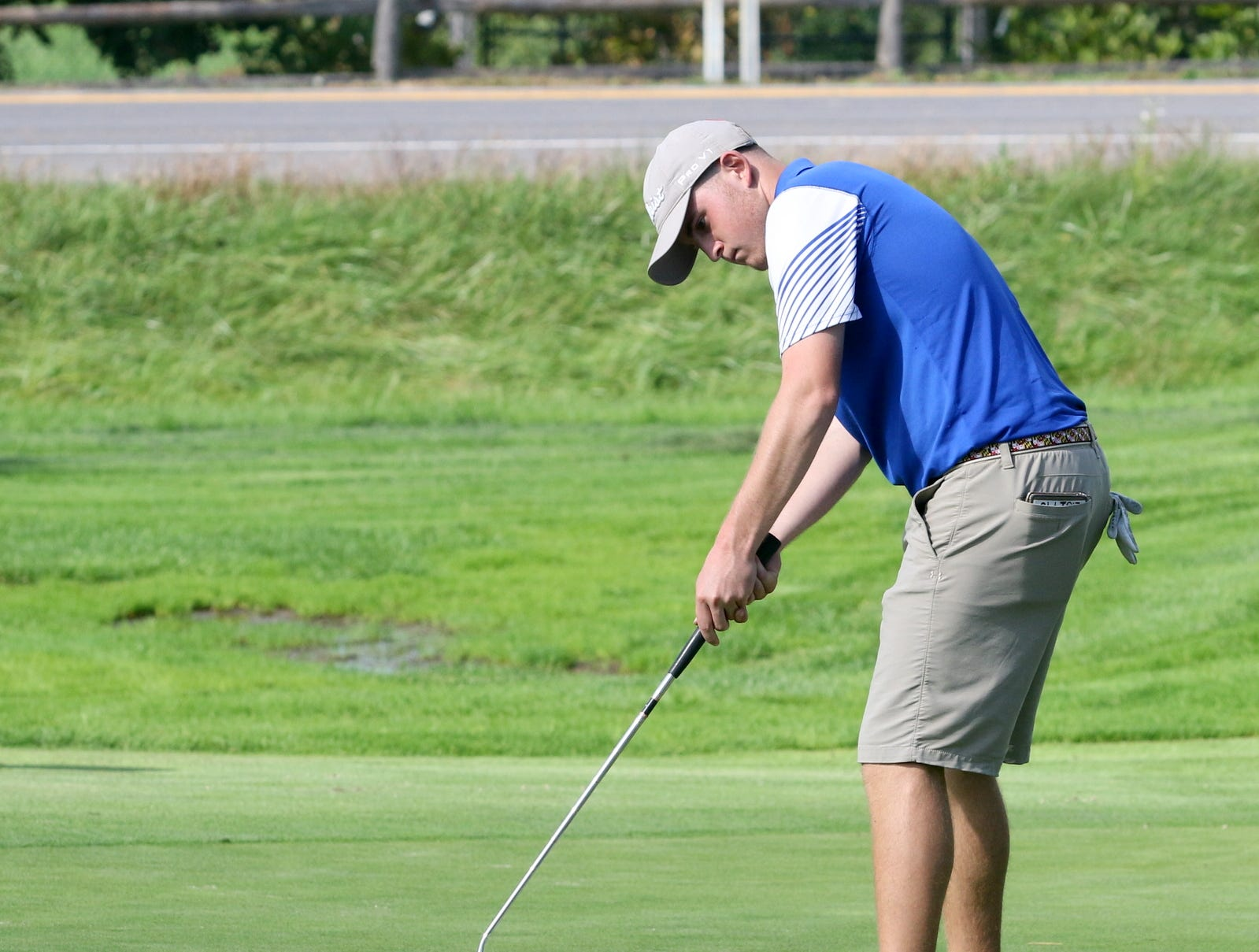 Medalist Evan Sitts of Oneonta makes a birdie putt on the 15th hole of the STAC championships Oct. 9, 2018 at Robert Trent Jones Golf Course in Ithaca.