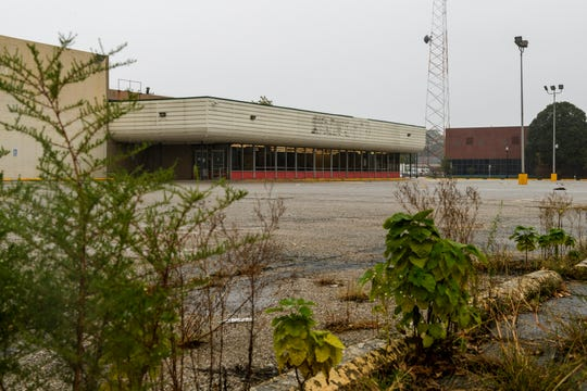 The Buehler's IGA, located on North Main Street in-between West Illinois and West Franklin Streets, closed last January leaving residents in Evansville's Jacobsville neighborhood without a grocery store. The Redevelopment Commission approved conducting a $5,500 study to determine if the former grocery store site could be turned into a fueling station and retail site.
