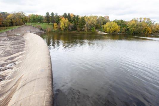 181010 Dam 001 Jpg