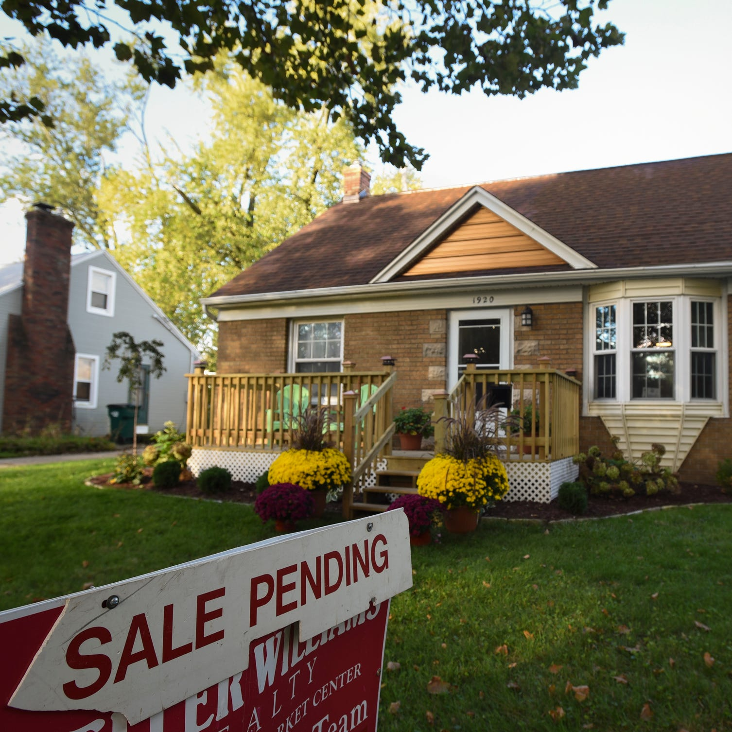 Greater Lansing's hot real estate market favors sellers