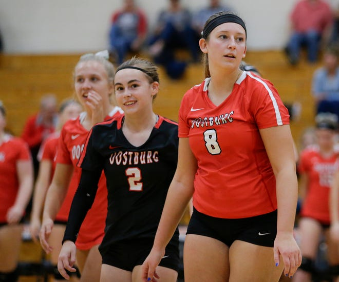 Oostburg reacts after winning the final set against Reedsville during a Big East Conference game at Reedsville Middle School Tuesday, October 9, 2018, in Manitowoc, Wis. Joshua Clark/USA TODAY NETWORK-Wisconsin