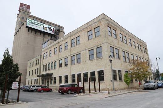 Oscar-winning screenwriter John Ridley will set a new Showtime series in Milwaukee