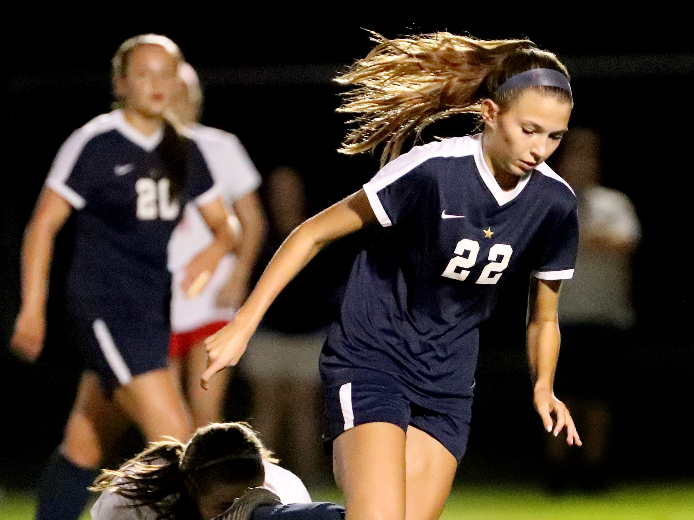Siegel's Emily Baker (22) moves the ball down the field in the semifinals of the 7-AAA Soccer Tournament, on Tuesday,  Oct. 09, 2018 at the Siegel Soccer Complex, against Oakland.