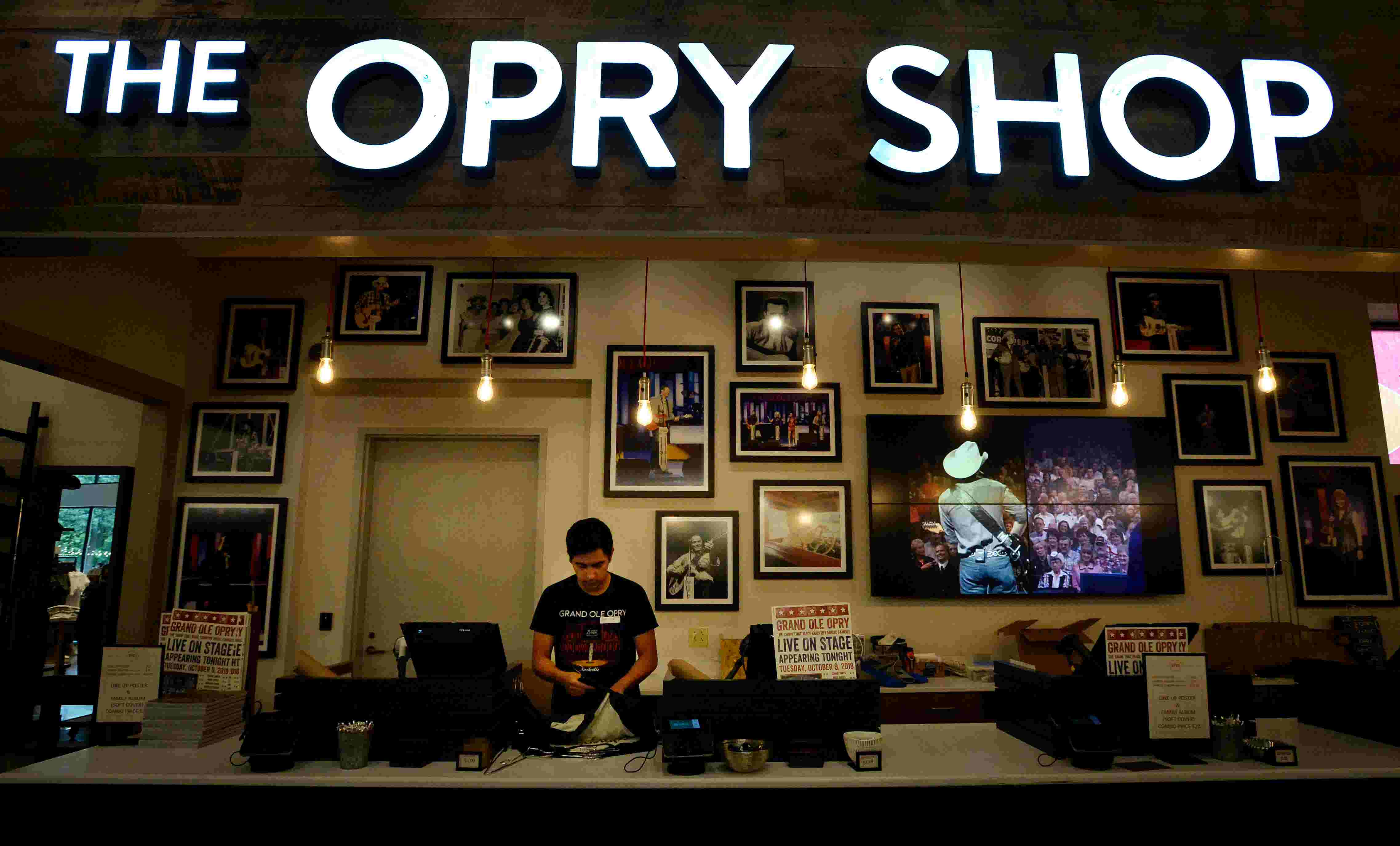 nashville's grand ole opry gets $12m expansion with new parking, retail