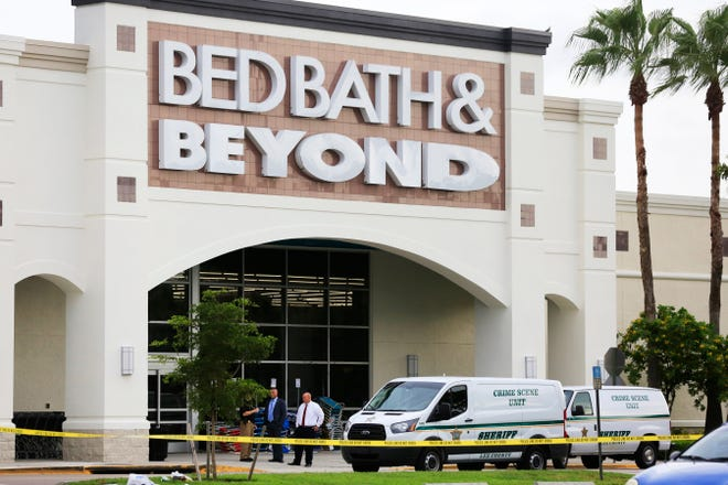 Authorities continue to investigate the Bell Tower Shops shooting that took place Tuesday night in front of Bed, Bath, and Beyond, leaving two dead and two injured. On the morning of Wednesday, Oct. 10, 2018, the Lee County Sheriffs department forensics were collecting evidence from the crime scene.