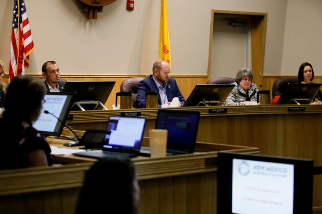 From left, Farmington City Council member Sean Sharer, Mayor Nate Duckett and council members Jeanine Bingham and Janis Jakino hold a city council meeting, Tuesday, Oct. 9, 2018 at Farmington City Hall.