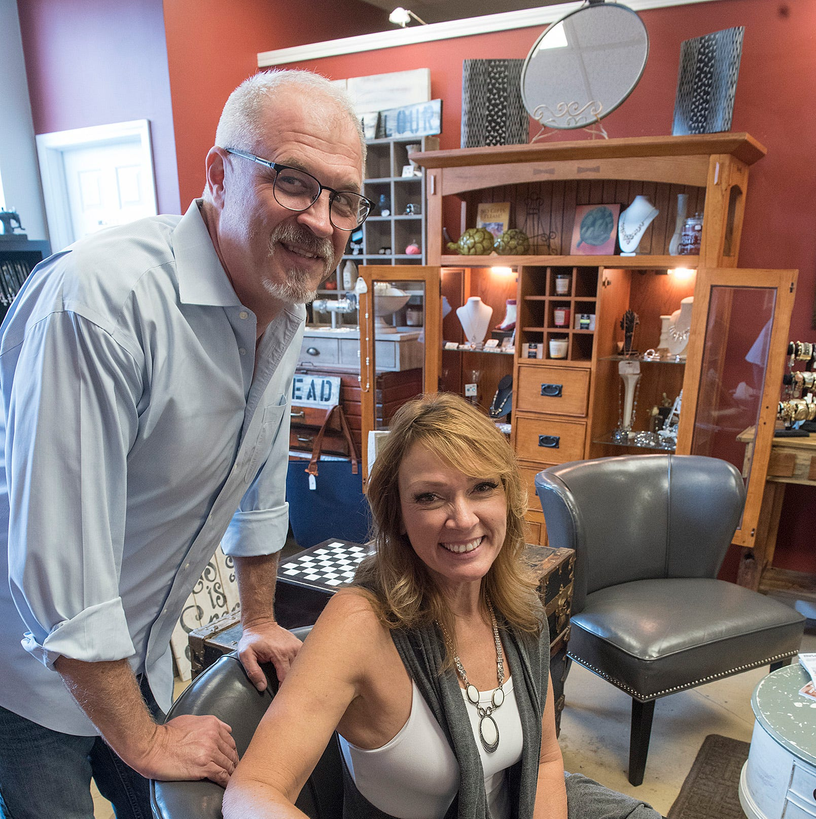 South Lyon salon sells clothing, art, accessories – and hair services, too
