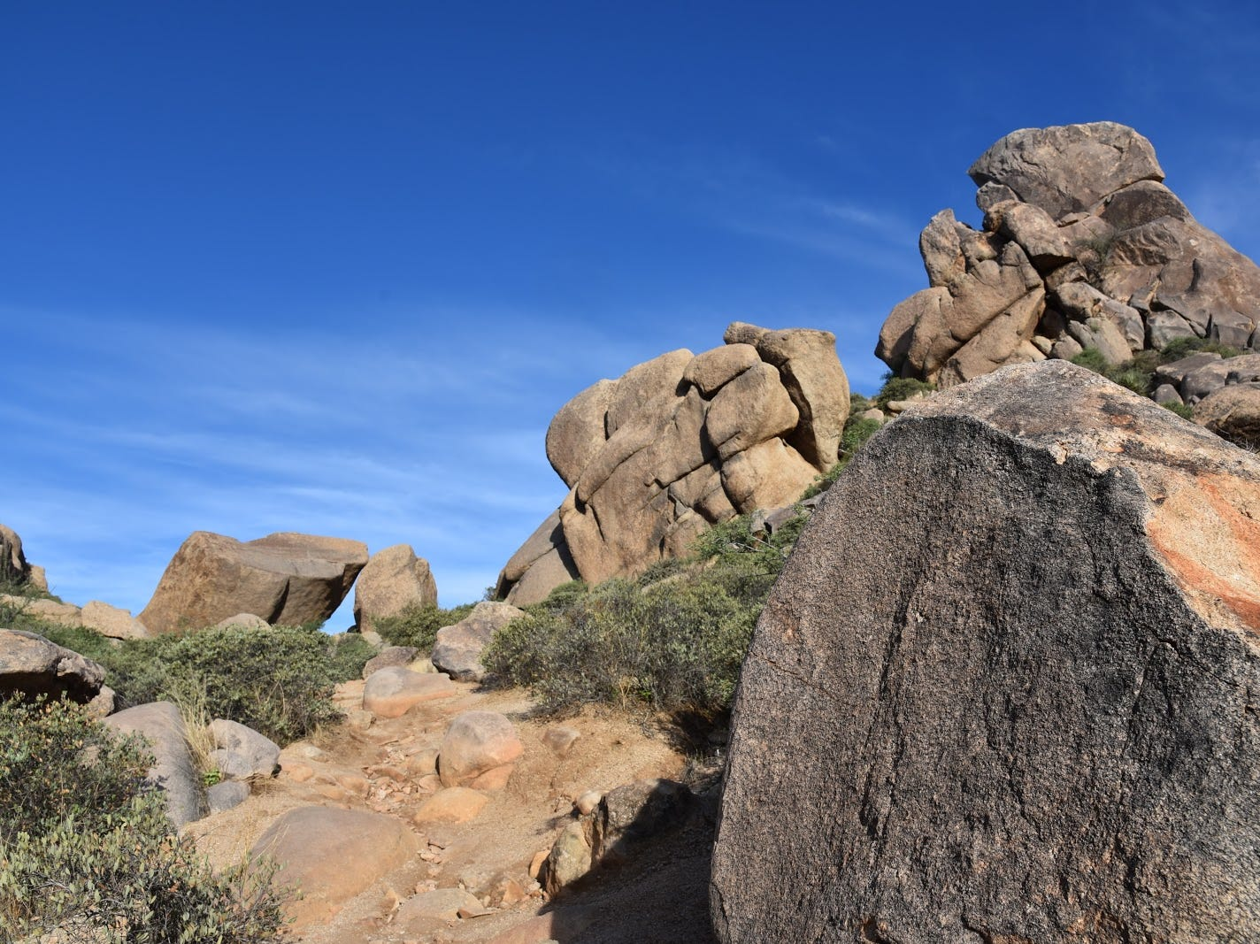 Granite boulders line the upper parts of Tom's Thumb trail.