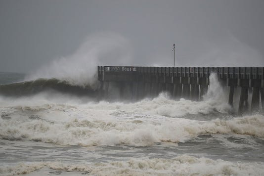 Hurricane Michael Slams Into Florida S Panhandle Region