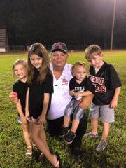 Les Mason and his grandchildren