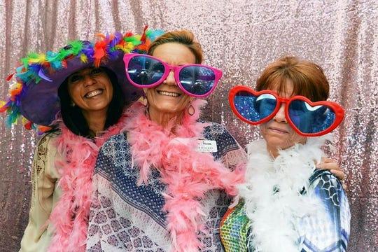2017 Friendship Luncheon attendees having fun!