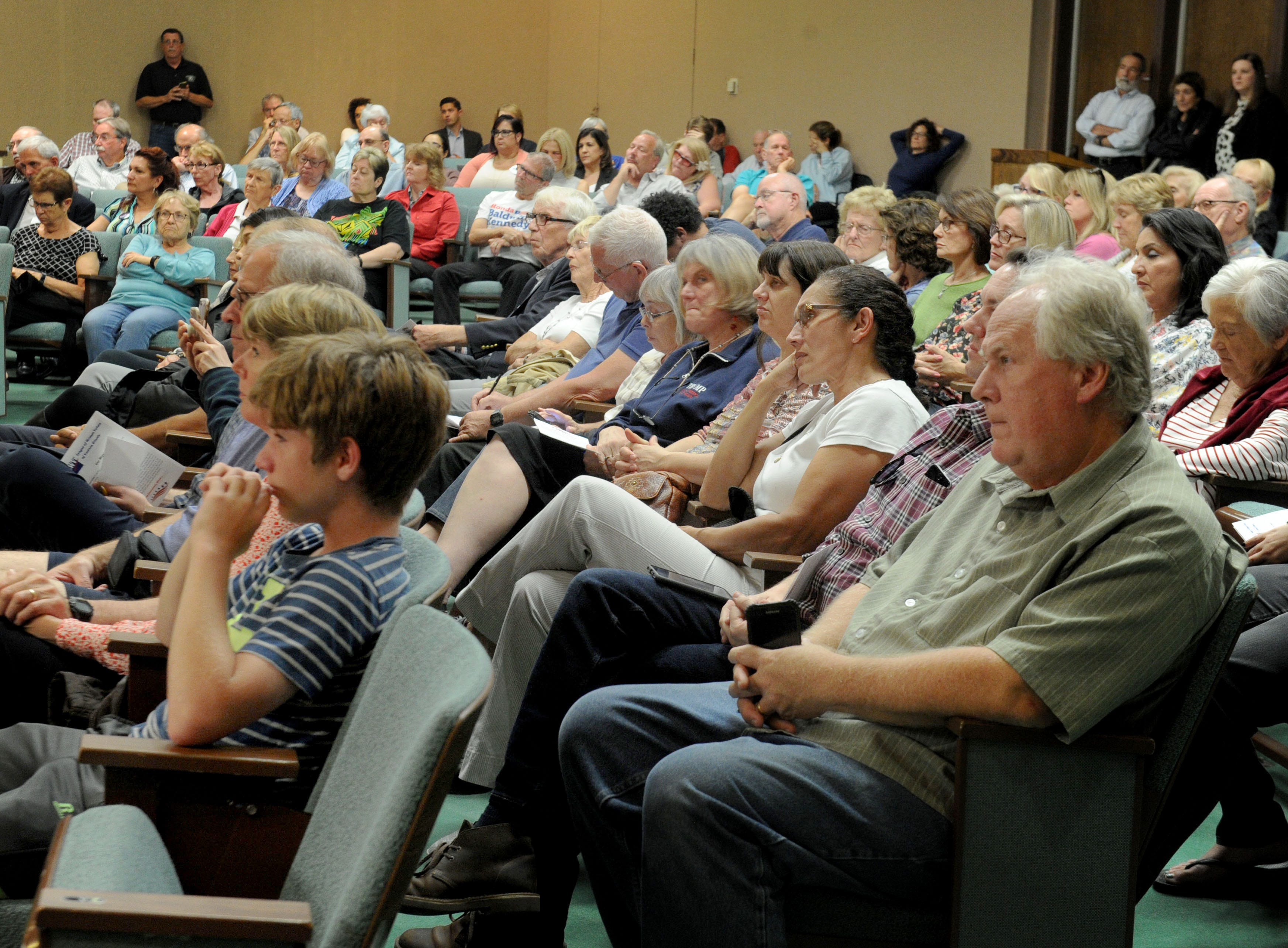 A large group of people gathered at Camarillo City Hall Tuesday night to hear the debate for the 44th Assembly District. Incumbent Jacqui Irwin, D-Thousand Oaks, faces challenger Ronda Baldwin-Kennedy, R-Oak Park.