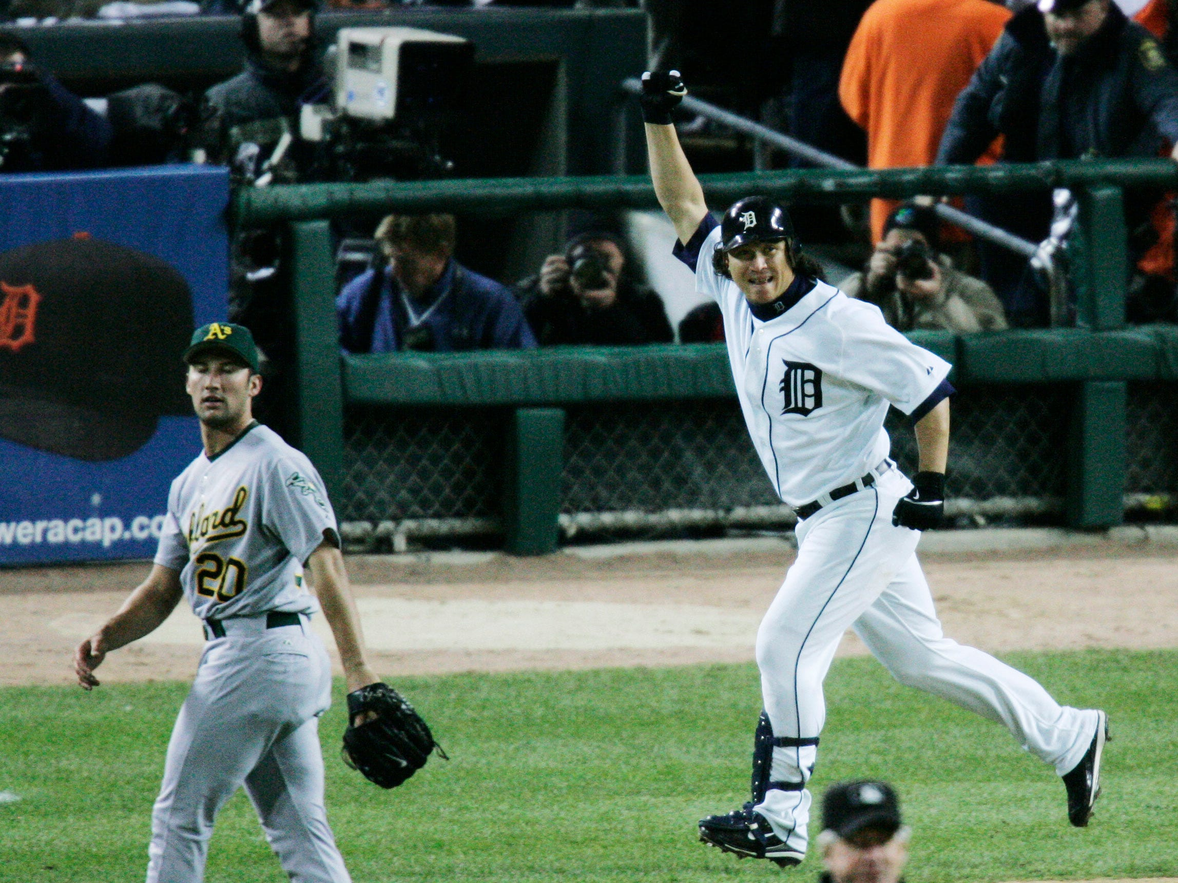 2006 ALCS Game 4: Magglio Ordonez hit a three-run walk-off homer against the Oakland Athletics to clinch the Tigers' spot in the World Series.
