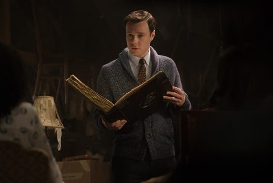 "Rupert Evans as Harry Greenwood on ""Charmed."""