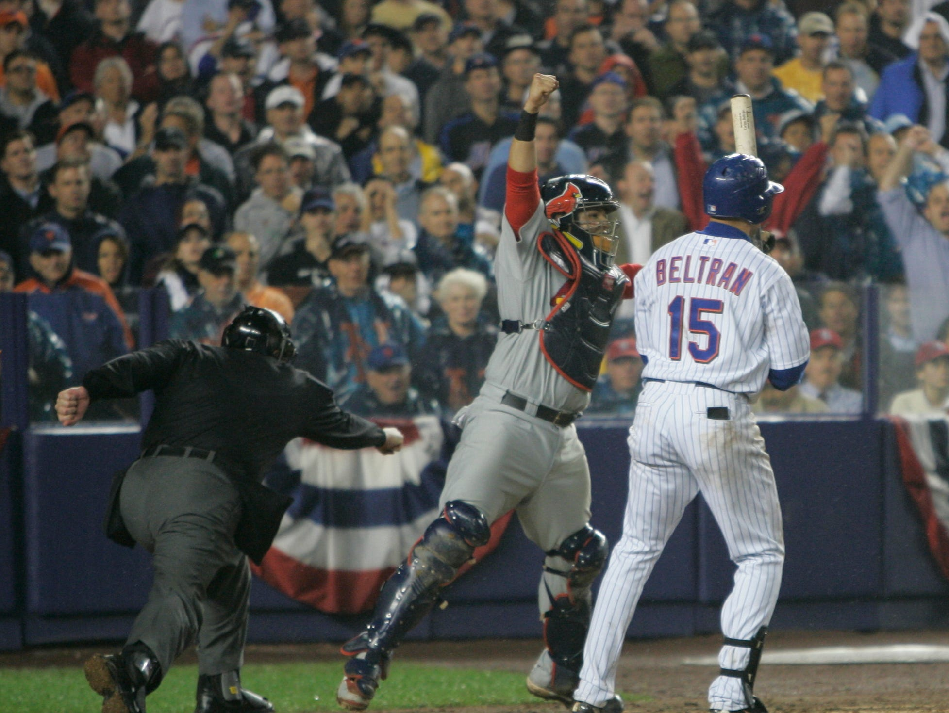 2006 NLCS Game 7: Mets center fielder Carlos Beltran struck out looking with the bases loaded on a curveball from Adam Wainwright, winning the series for the Cardinals.