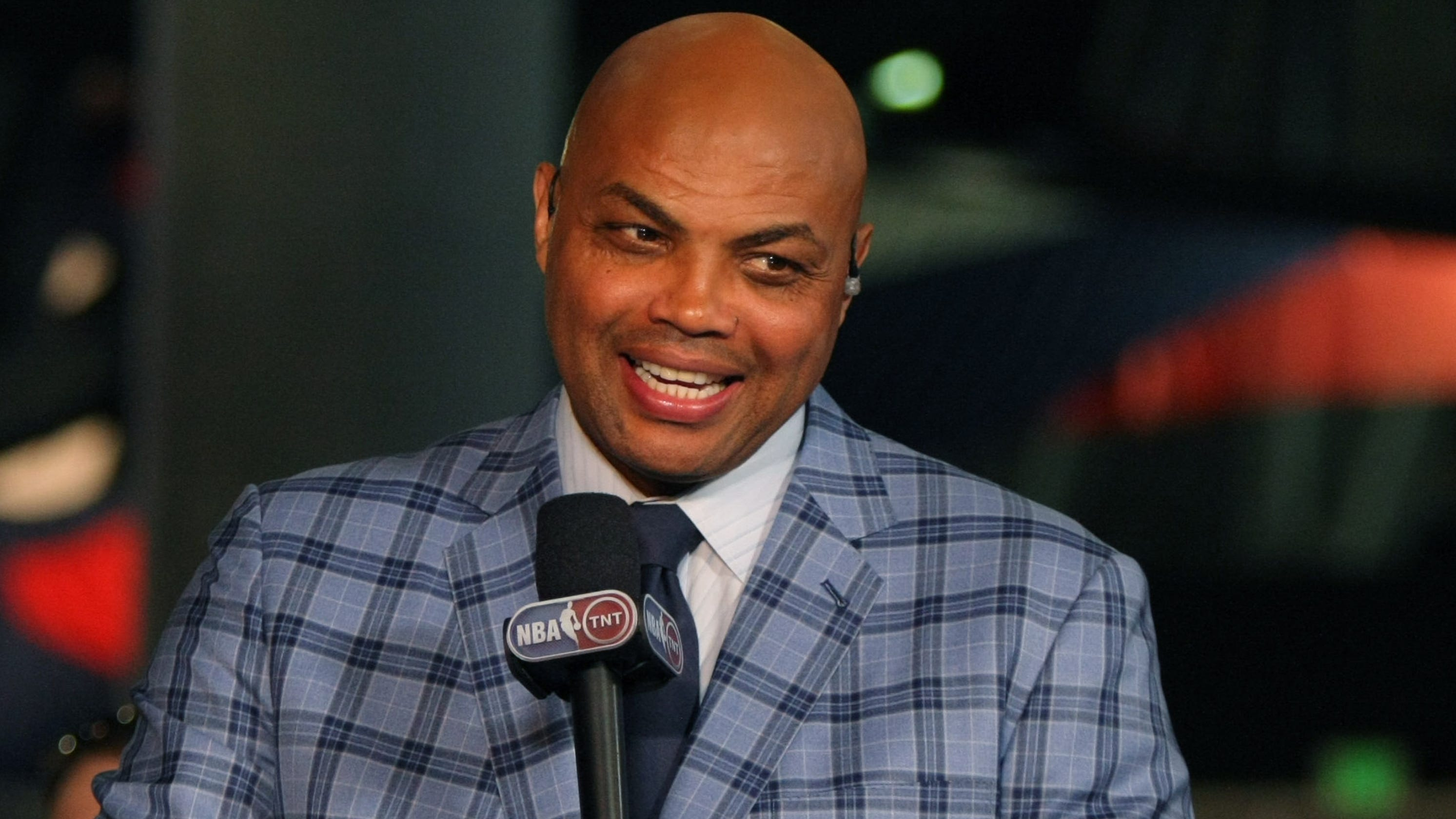 03e3a279 Charles Barkley slams timing of Suns owner firing GM Ryan McDonough