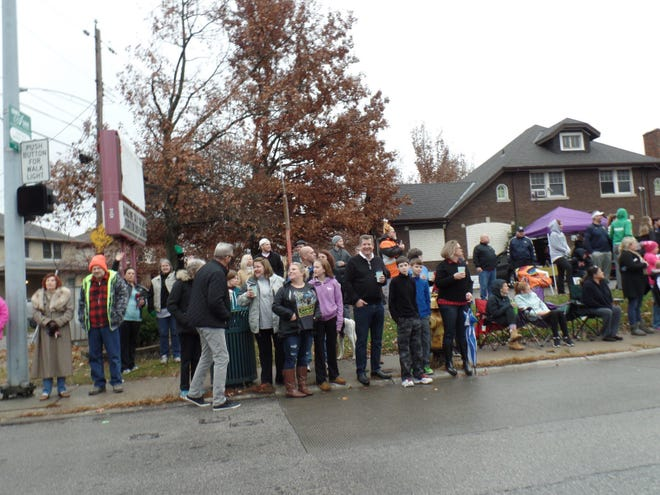 Price Hill residents brave the weather of the 2017 Price Hill Thanksgiving Day Parade.