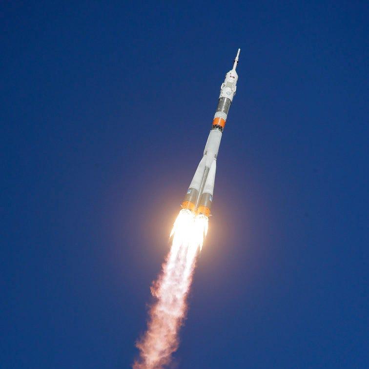 American astronaut, Russian cosmonaut safe after emergency landing