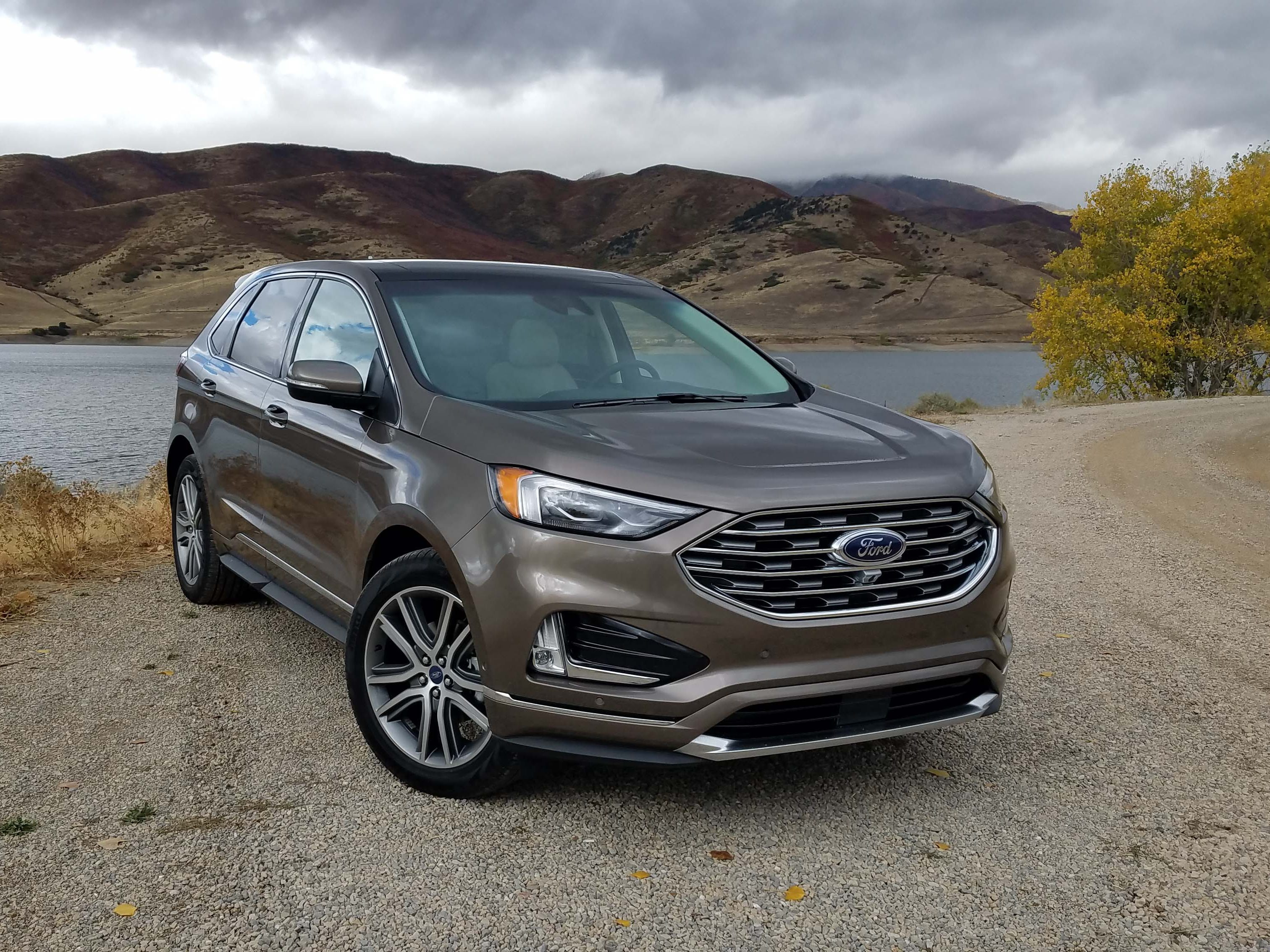 Chrome highlights. The 2019 Ford Edge comes with nice chrome details - where the Edge ST performance model comes menacing black trim.
