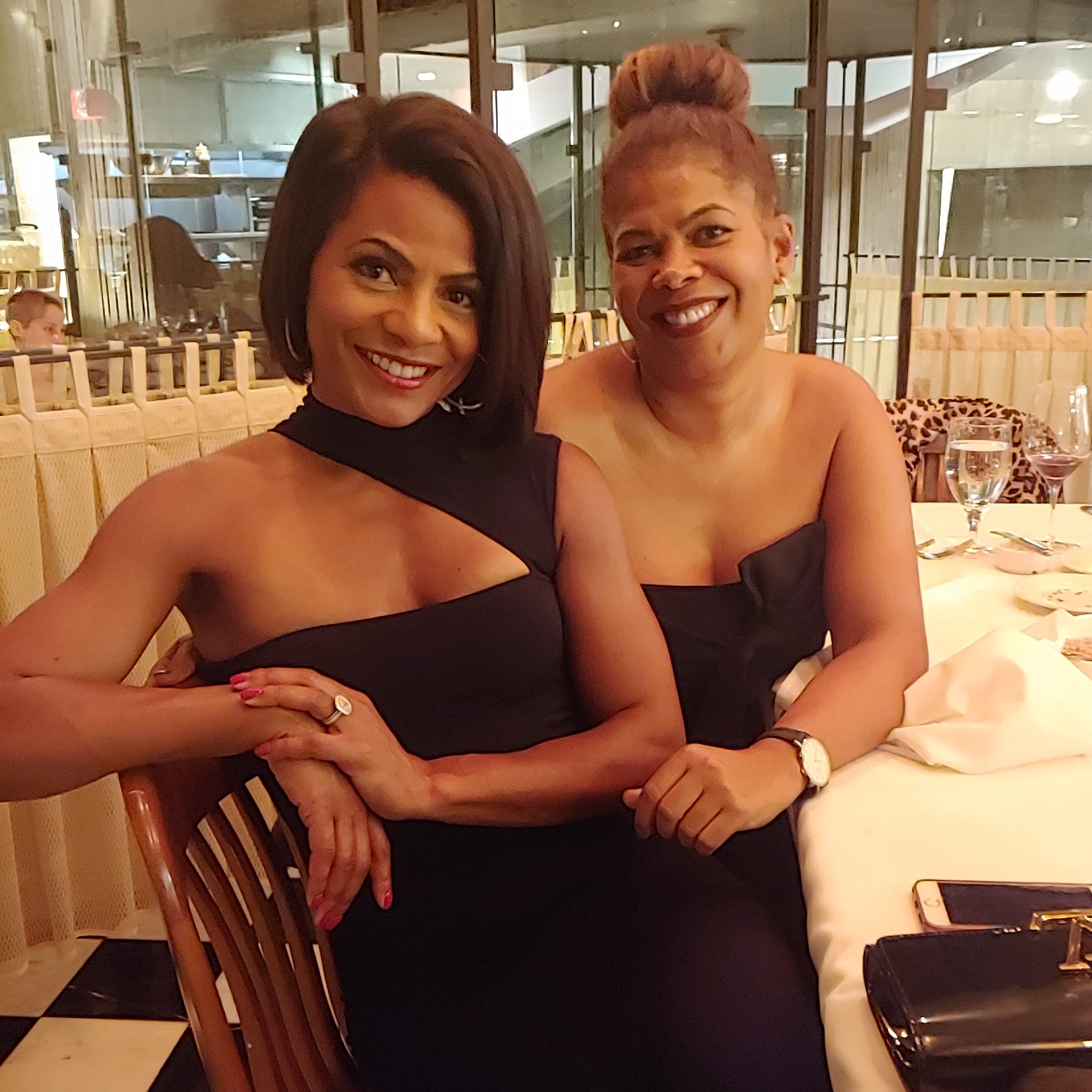 Society Confidential: Friends celebrate milestones with dinner