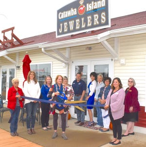 Catawba Island Jewelers held a ribbon cutting ceremony on Oct. 5.