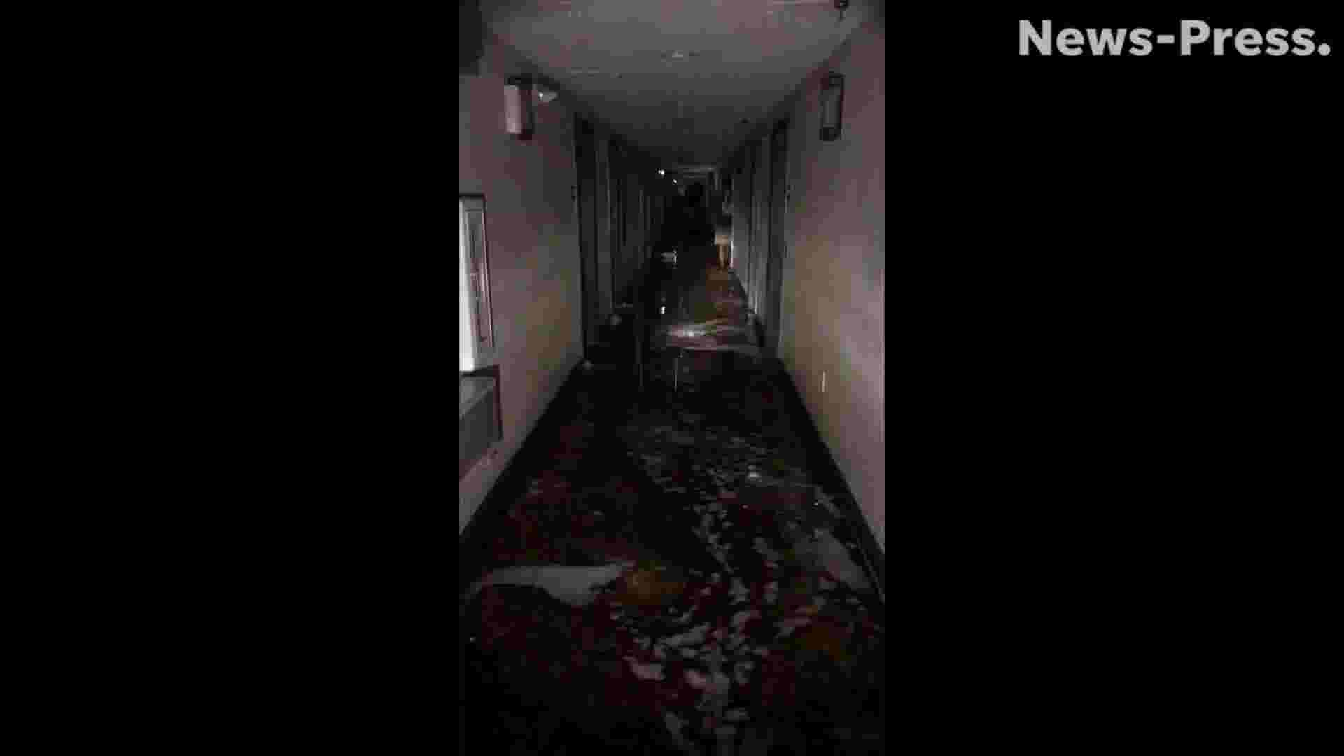 Video: Water floods first floor of Country Inn & Suites in Panama City  during Michael