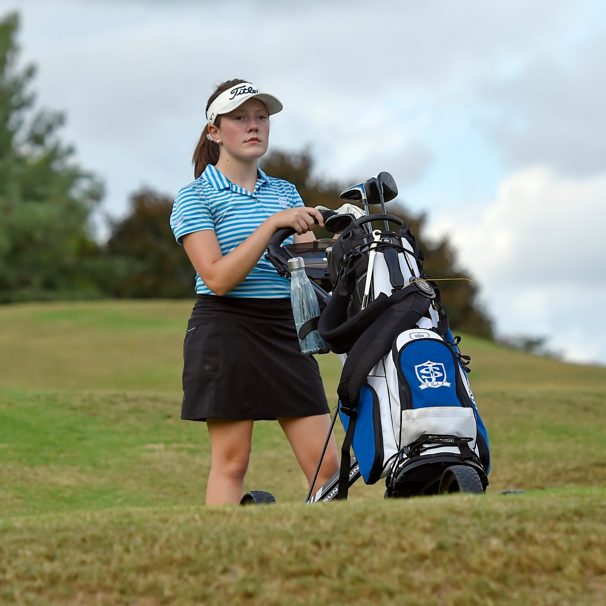 Two-time cancer survivor brings life to St. Joe's girls golf team