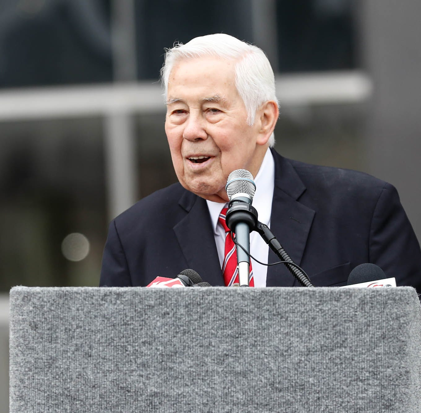 Richard Lugar, former Indiana senator and Indianapolis mayor, dies at age 87
