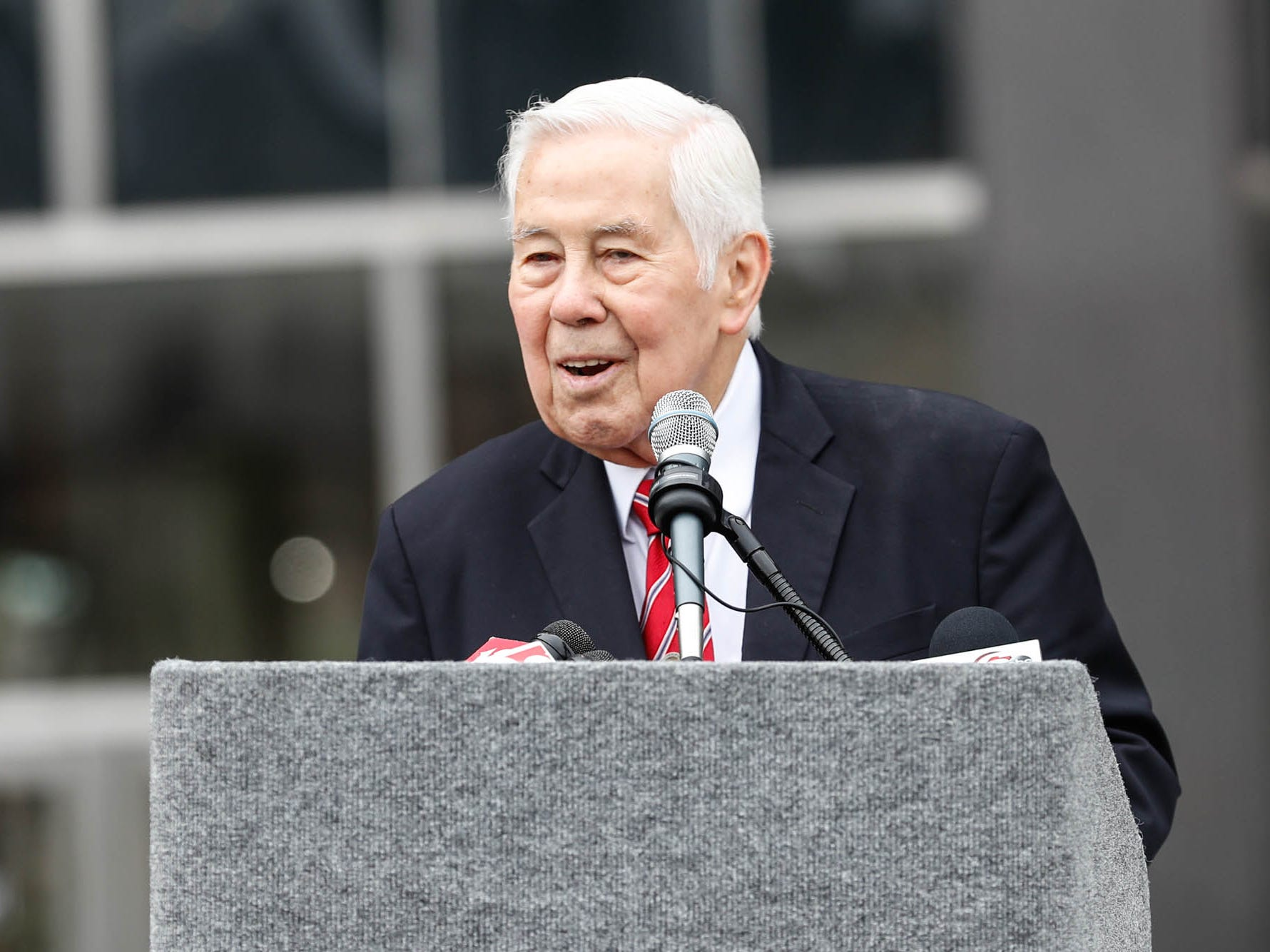 Former Senator Richard Lugar speaks during the reopening and dedication of Richard G. Lugar Plaza at the City-County Building in Indianapolis on Thursday, Oct. 11, 2018.