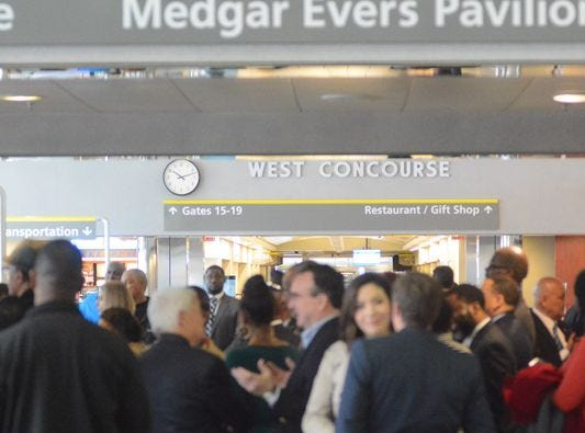 12 days in Paris: Jackson airport board, staffers taking expenses-paid trip