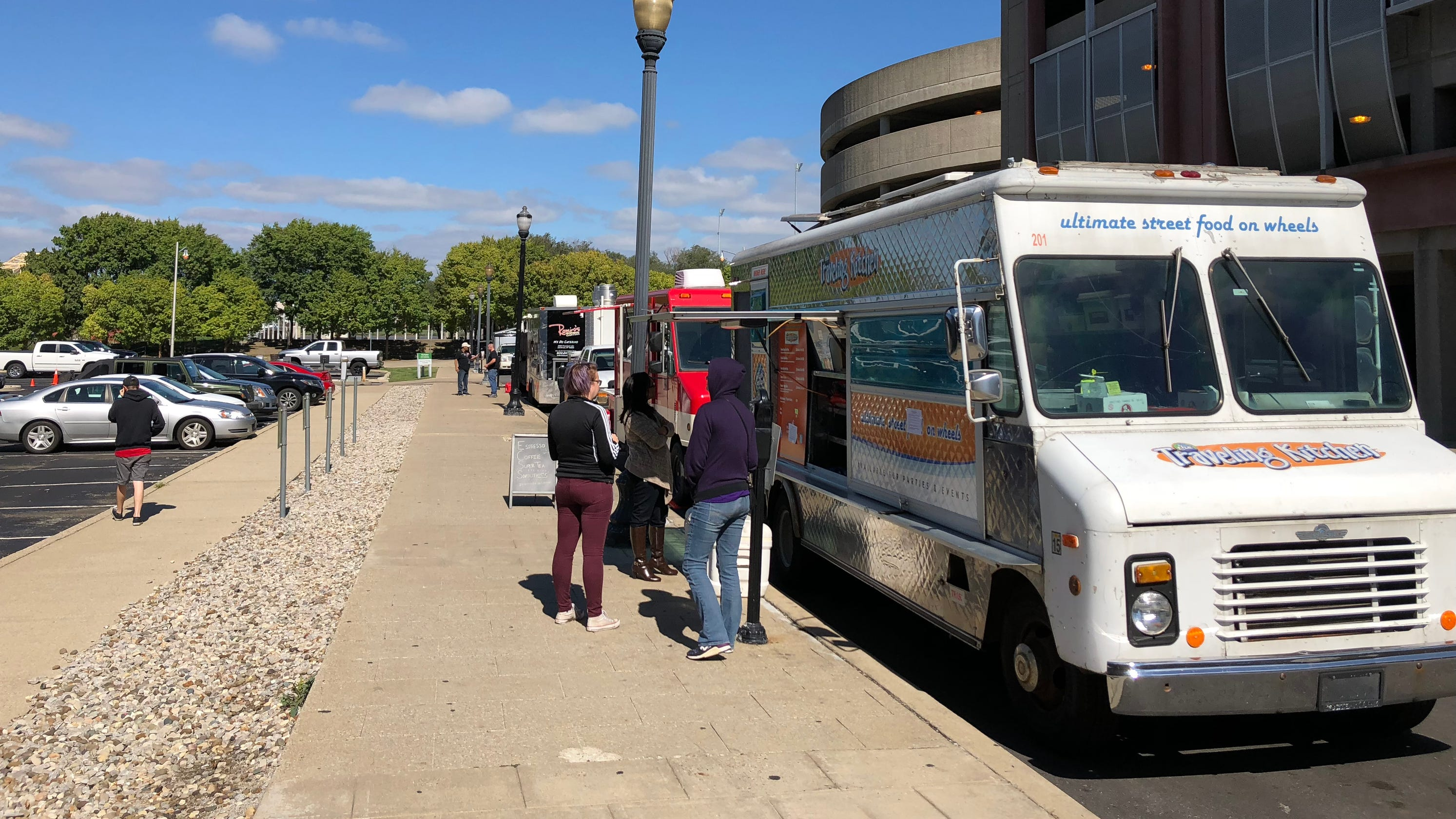 Controversial vendor 'zones' taken off the menu in latest Louisville food truck proposal