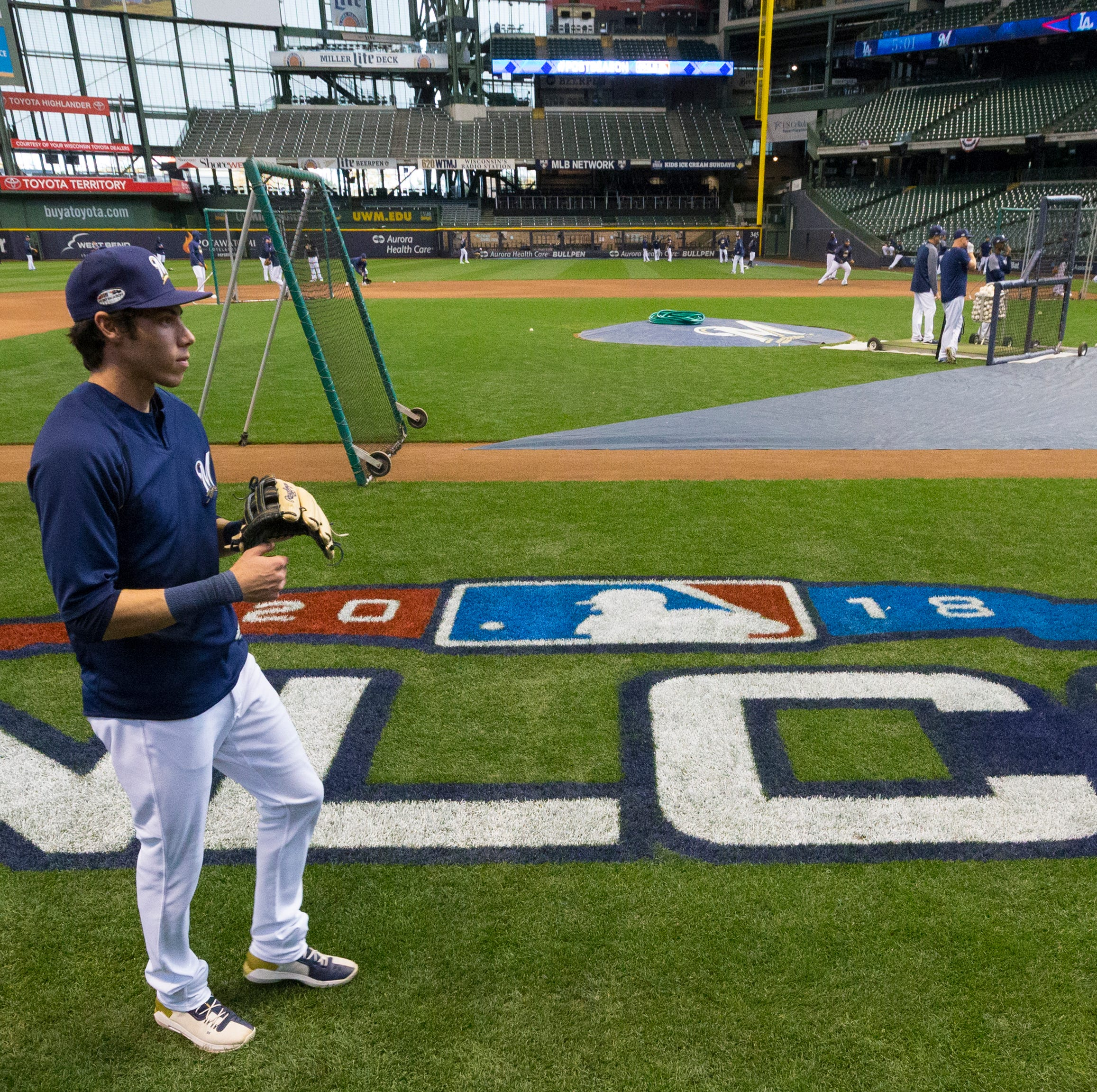 Brewers announce availability of more tickets for tonight's NLCS Game 1