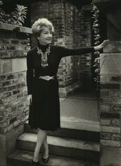 In 1981 movie star Anne Baxter visited the home and studio built by her grandfather, Frank Lloyd Wright, in Oak Park, Ill.