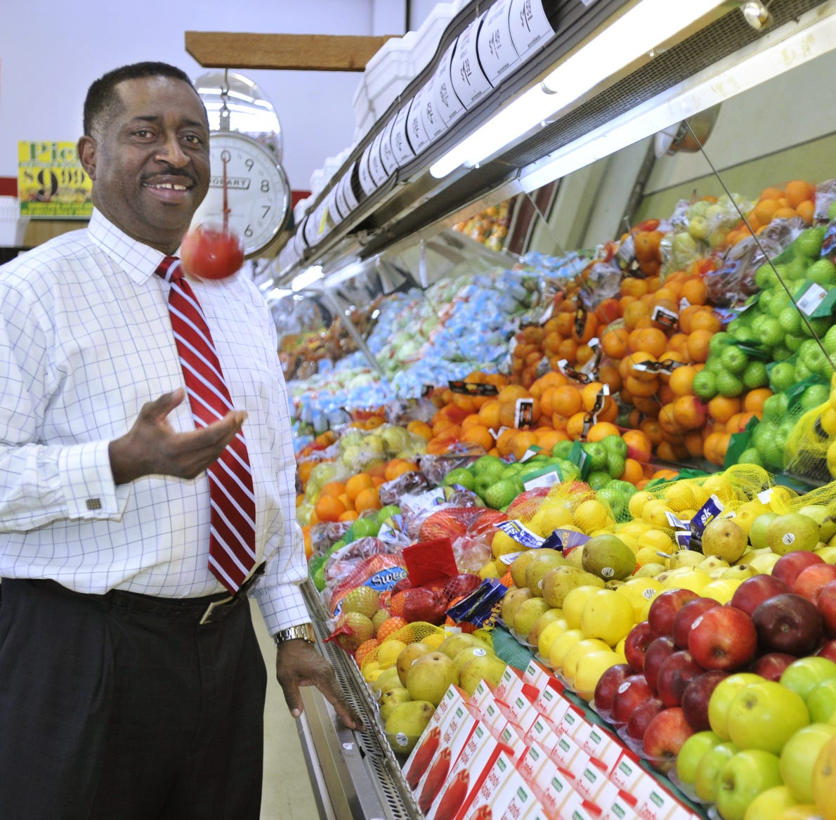 Services set for Montgomery grocery store owner Greg Calhoun